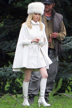 January-jones-white-jacket-fur-hat-xmen