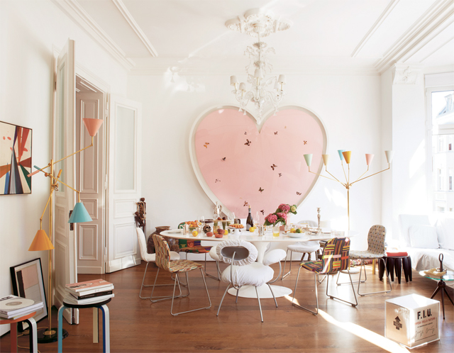The-interior-design-of-cologne-germany-based-artist-and-art-director-mike-meire-from-the-ny-times-november-2012-style-magazine-featuring-a-heart-shaped-painting-by-damien-hirst