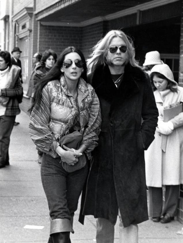 1977-gregg-allman-cher1